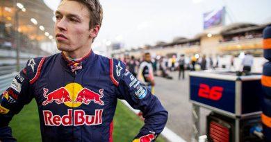 F1: Paddy Lowe confirma que Kvyat está na lista de candidatos para segunda vaga da Williams na temporada 2018