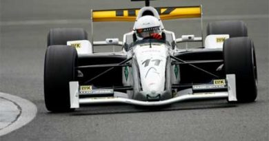 GP Masters: Danner sai na pole em Silverstone