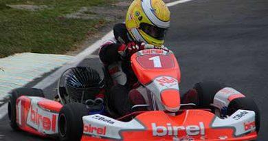 Kart - Brasileiro: Victor Carbone enfrente lesão na costela em sua luta pelo título