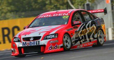 V8 SuperCars Australia: Todd Kelly vence a primeira prova em Adelaide