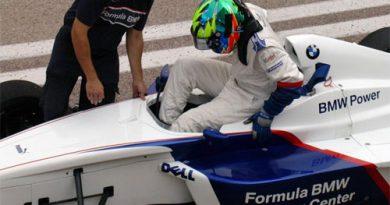 F-BMW: Henrique Martins volta aos treinos na Europa