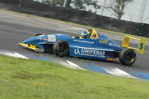 FSão Paulo: Victor Corrêa conquista sua primeira pole position na categoria