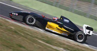 F-Renault Italiana César Ramos reforçou aprendizado em Valência