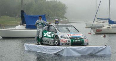 TC2000: Cacá Bueno e pilotos da Honda lançam as cores da marca para temporada 2007