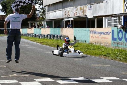 Kart: Equipe SpeedRacing/NGK mantém a liderança ao vencer a 3ª etapa da Copa Guará de Kart Endurance