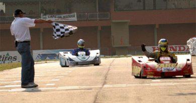 Kart: Piloto passa 6h37 ao volante e leva equipe gaúcha à vitória no Brasileiro de Endurance