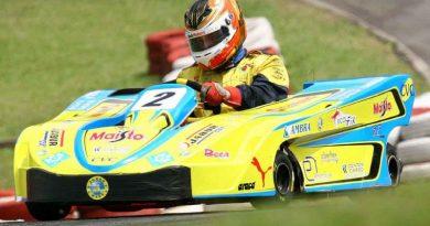 Kart: Felipe Ferreira tem problemas quando caminhava para um pódio