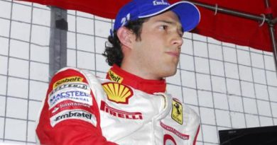 Outras: Bruno Senna vence primeira prova de Ferrari na Inglaterra