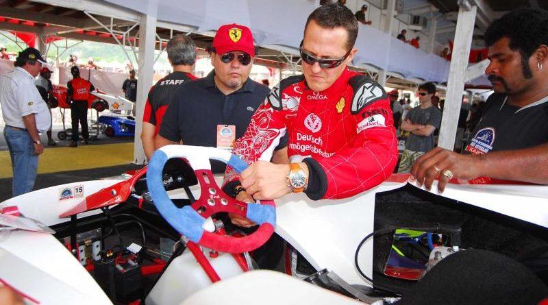 Desafio das Estrelas: Schumacher põe a mão 'na massa'
