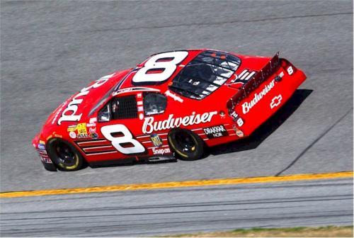 Nascar: Budweiser vive dilema para investir na categoria