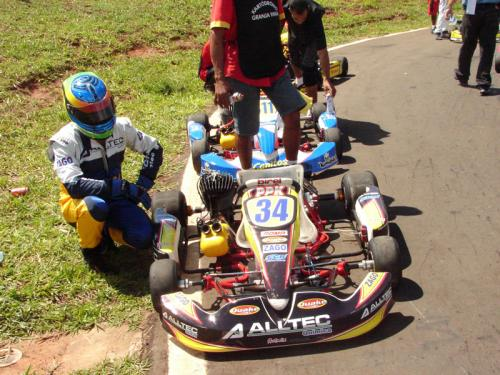 Kart: Fábio Gomide abandona na estréia do Open Master São Paulo