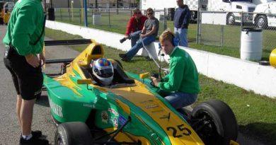 Outras: Felipe Polehtto bate recorde na pista da Flórida na Fórmula BMW
