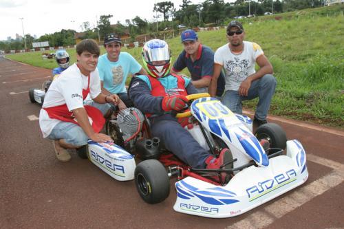 Kart: Rogério Barreto volta de Assunção ocupando o terceiro lugar no Paraguaio
