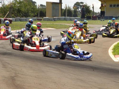 Kart: Ruiz Filho dá show e vence no Open Master São Paulo