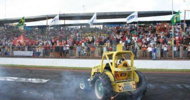 Outras: Tratores abrirão temporada com apresentação na Fórmula Truck