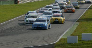 FIA WTCC: Carros do Mundial de Turismo já estão no Brasil
