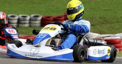 Kart: André Salmoria abre temporada 2009 com terceiro lugar
