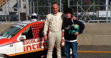 Outras: Felipe Leonardos entra no automobilismo com aula de Belmiro Jr
