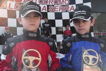 Kart: Irmãos Fernandes disputaram Copa Noturna da Amizade e conheceram traçado invertido de Aldeia
