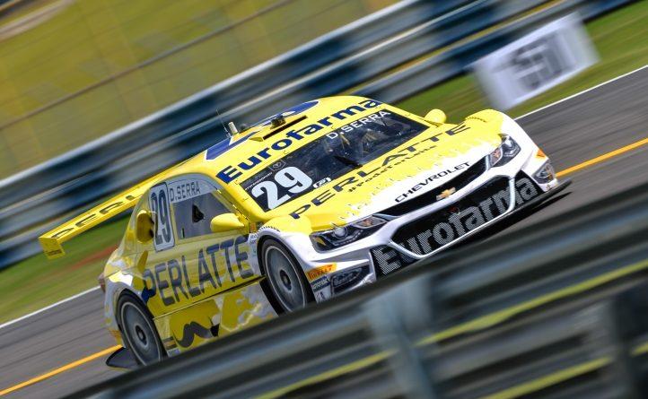 Stock Car: Daniel Serra começa na frente em Goiânia