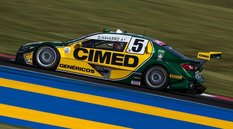 Stock Car: Cavaleiro Sports anuncia Denis Navarro