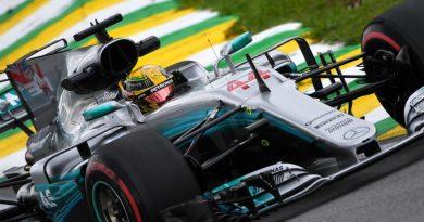 F1: Satisfeito, Hamilton celebra maior velocidade em Interlagos