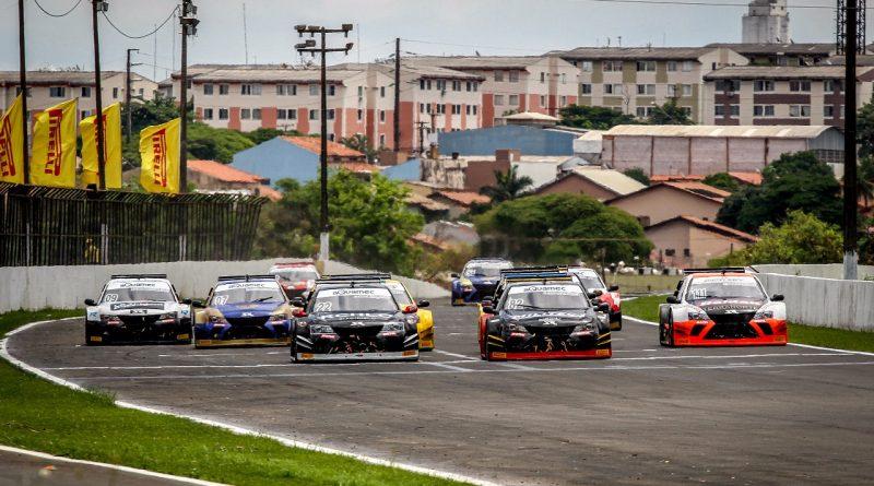 Largada da primeira corrida da sétima etapa da Sprint Race em Londrina (Foto: Ricardo Saibro)