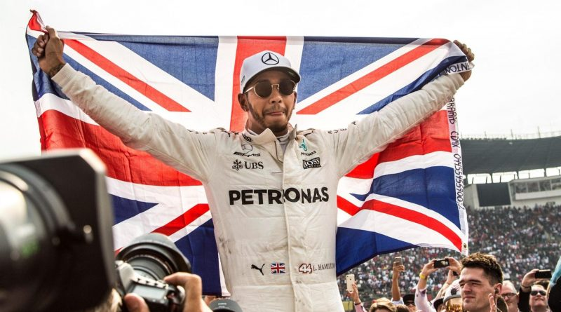 F1: Hamilton olha para frente e quer transformar Mercedes em imbatível