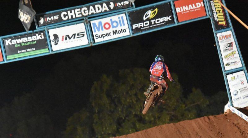 Motocross: Final espetacular do Goiano de motocross em Paraúna