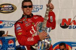 Busch Series: Edwards vence em Nashville e amplia liderança no campeonato