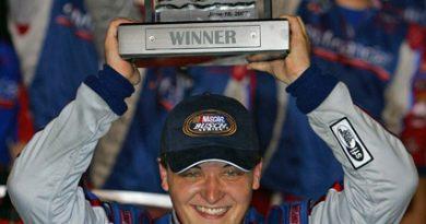 Busch Series: Stephen Leicht vence em Kentucky