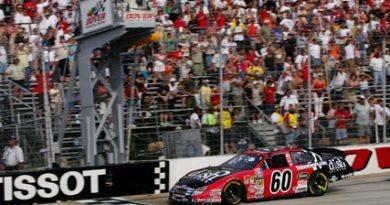 Busch Series: Carls Edwards vence em Dover e consolida a liderança no campeonato
