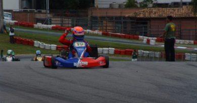 Kart: Vinicius Alvarenga é campeão Paulista