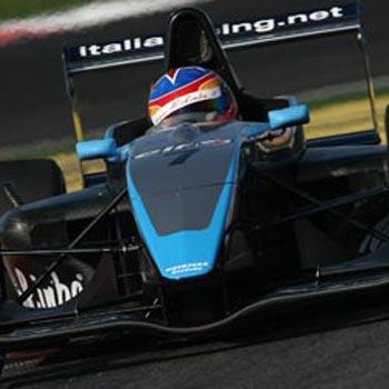 FRenault Européia: Equipe Motopark domina testes em Nurburgring