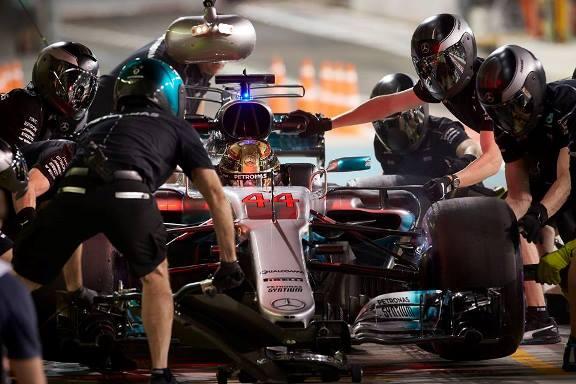 F1: Lewis Hamilton lidera o segundo treino livre em Abu Dhabi