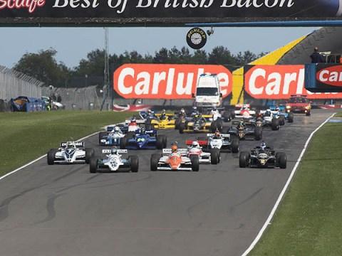 F1 Historic: Joaquim Folch vence as duas provas em Donington
