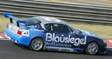 Trofeo Maserati: Com folga, Urnhani vence de ponta a ponta