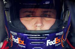Nascar: Denny Hamlin marca a pole para a Goody's Cool Orange 500 em Martinsville