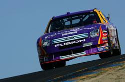 Nascar: Jamie McMurray sai na pole-position em Sonoma
