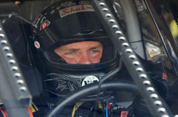 Nascar: Clint Bowyer marca a pole-position em Darlington
