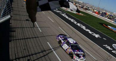 Nascar: Jeff Burton vence a Samsung 500 no Texas