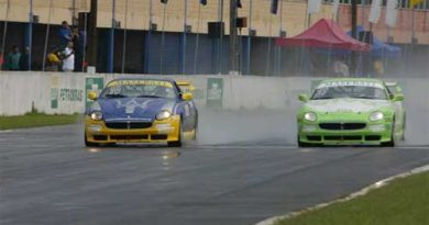 Trofeo Maserati: Chuva atrapalha treinos e qualifying fica para domingo