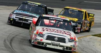 Truck Series: Mike Skinner vence a terceira consecutiva