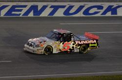 Truck Series: Mike Skinner vence em Kentucky