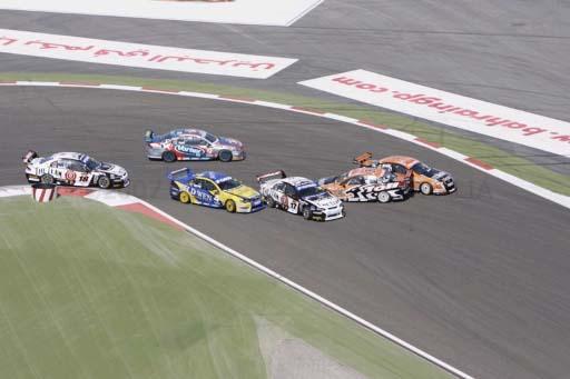 V8 SuperCars Australia: Garth Tander reassume a liderança do campeonato