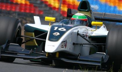 World Series: Carlos Iaconelli assina com a Pons e Álvaro Parente com a Tech1