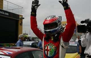 WTCC: James Thompson vence as duas provas em Valência