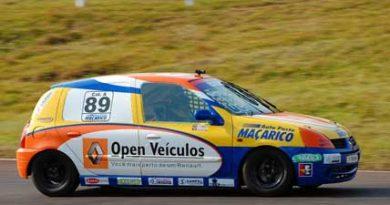 Gaúcho de Marcas e Pilotos: Biberg comemora a inédita vitória do Clio no Metropolitano de Marcas em Cascavel