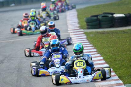 Kart: Em prova muito disputada, Lucas Foresti vence na Copa SP Light