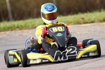 Kart: Felipe Fraga comemora - em casa - título tocantinense